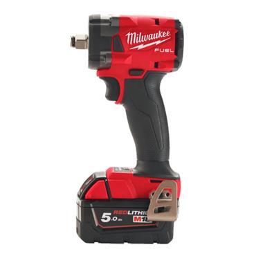 "MILWAUKEE M18FIW2F38-502X  18V CPIW 3/8"" Impact Wrench Kit"