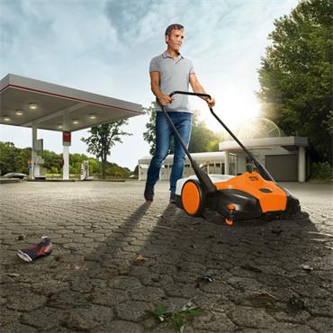 Stihl KGA 770 36 Volt Cordless Sweeper Body Only