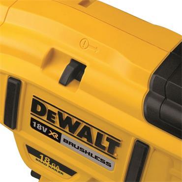 DeWALT DCN680N-XJ 18 Gauge XR Brushless Brad Nailer Body Only