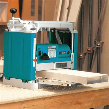 Makita 2012NB 240 Volt Portable Thickness Planer